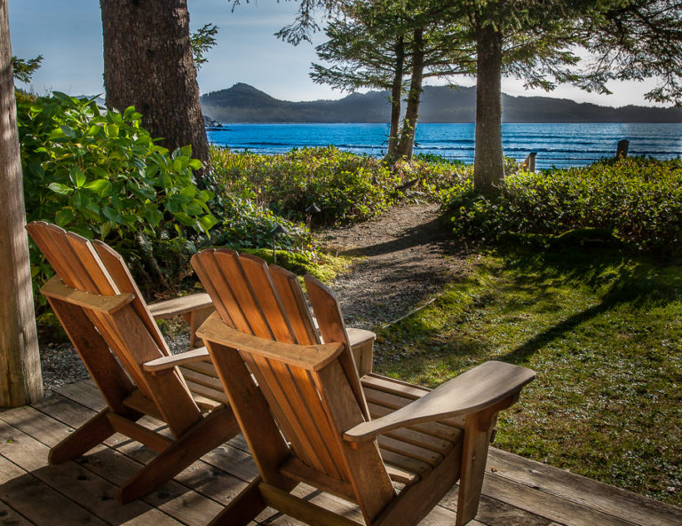 Chesterman Beach B&B                   Private Suites and Cottage